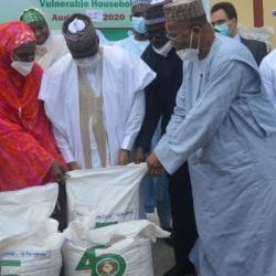 Réponse à la Covid-19: La CEDEAO exprime sa solidarité au Nigéria à travers deux dons de vivres pour les ménages les plus vulnérables